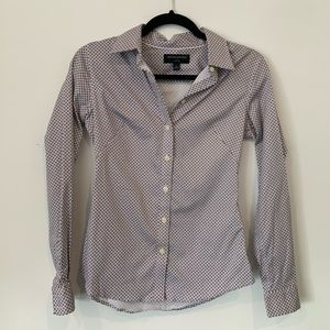 Banana Republic fitted button down top